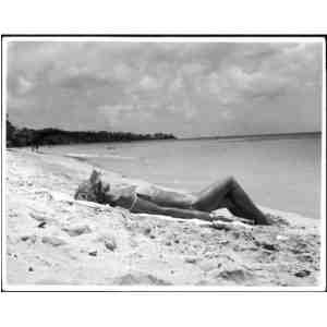 Photographic Print SUNBATHING Mary Evans