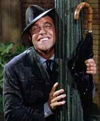 Gene Kelly enjoying a lampost