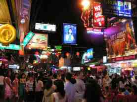 walking street crowds